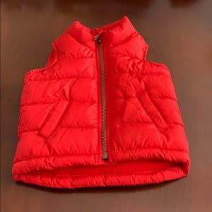 EUC Red puffer vest Old Navy size 18-24m
